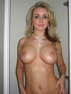 Milf pics amateur Naked Cougar
